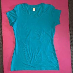 Lucy turquoise short sleeve tee